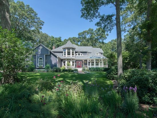4 River Oak Drive, Barrington