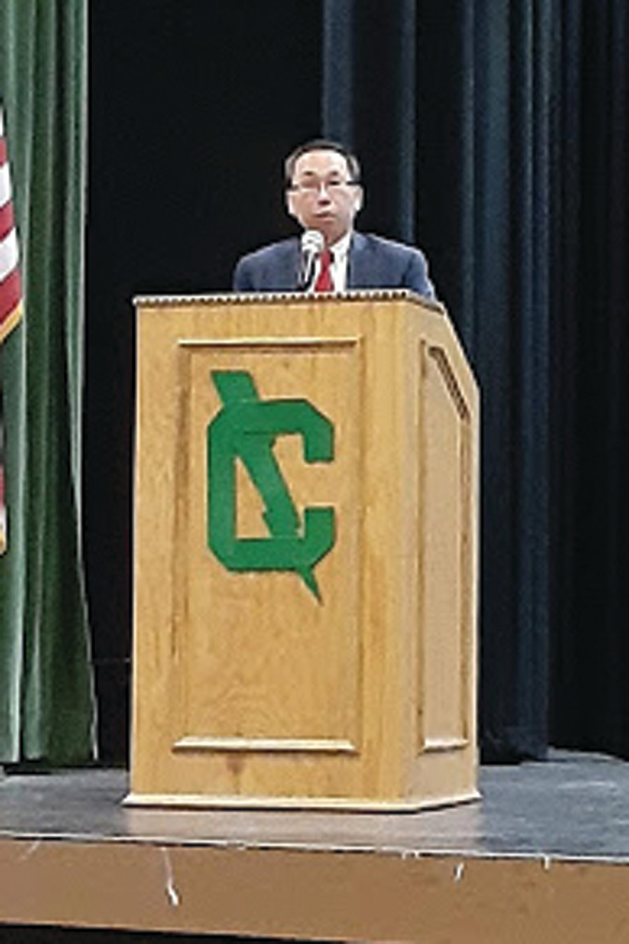 WELCOME TO CRANSTON: Mayor Allan Fung thanked Herren for sharing his story with the packed audience at Cranston High School East.