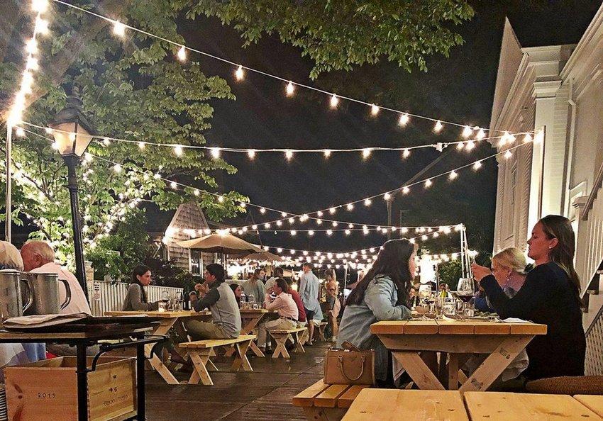 Ventuno's outdoor dining on Oak Street last summer.
