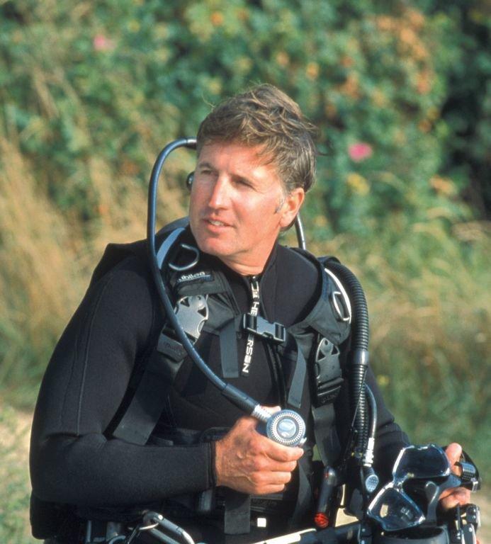 "Marine biologist Greg Skomal will speak at the ""Seals, Sharks and Stewardship"" seminar Monday at the Nantucket Hotel."