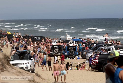 Photo by Nicole Harnishfeger The crowd at Nobadeer Beach Saturday was about the same as on any other busy summer weekend, Nantucket police said. I&M Photo Galleries