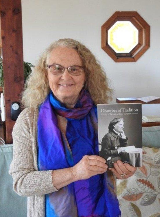 Author Barbara White