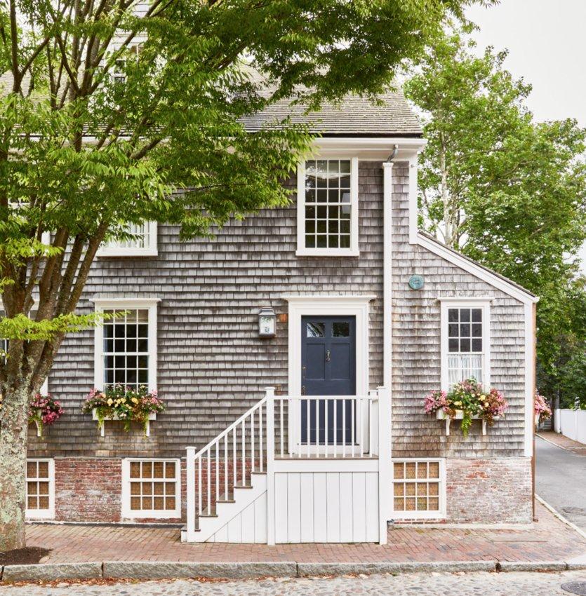84 Main St., winner of the Nantucket Preservation Trust's 2021 Architectural Preservation Award.