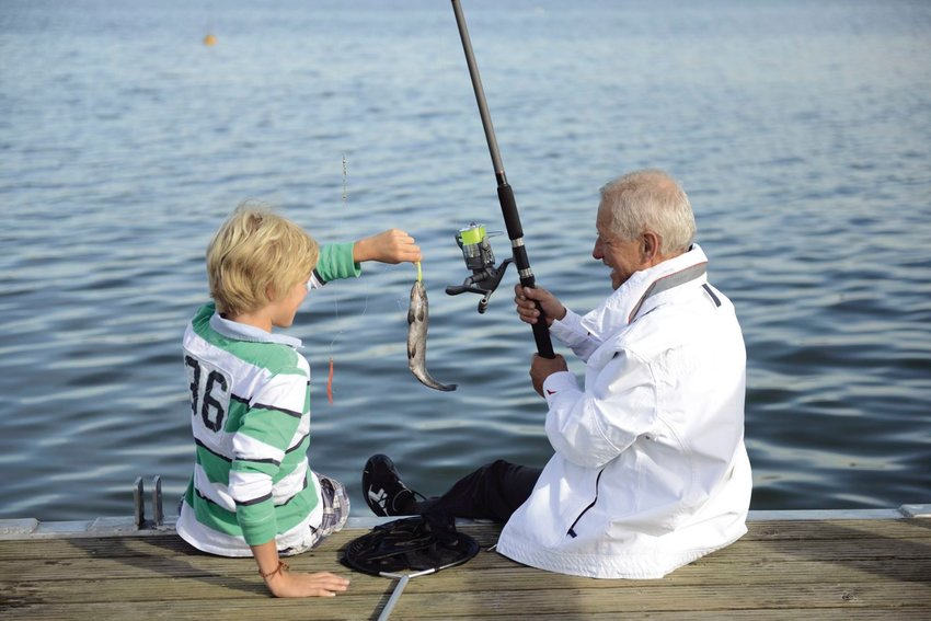 The Ozarks Area Community Action Corporation (OACAC) Foster Grandparent Program is looking for volunteers.