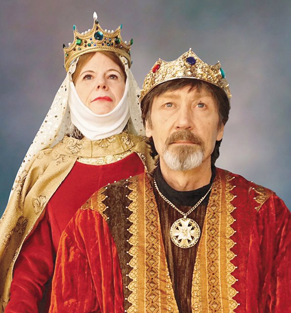 """Tanya and Kevin Burnham as Eleanor and Henry in Starlight Dinner Theatre's """"The Lion in Winter."""""""