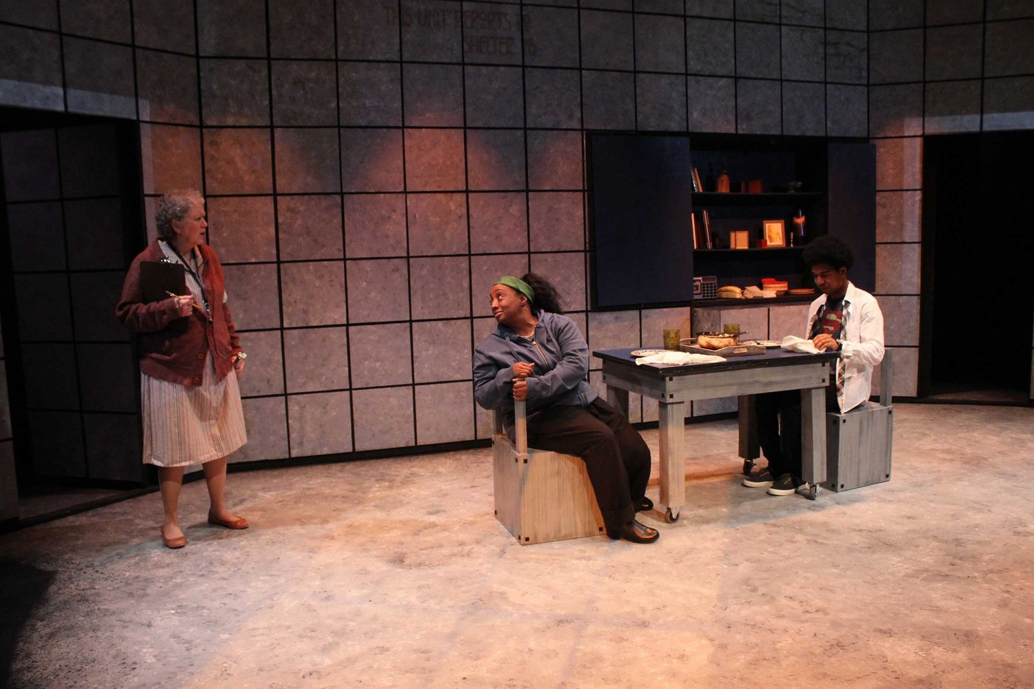 "(Left to right) Karen Sheridan, Casaundra Freeman and jøn kent in ""900 Miles to International Falls."""