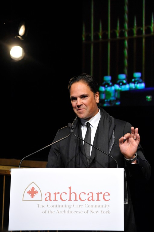 "FAITHFUL CATHOLIC—Former New York Mets catcher Mike Piazza, who was inducted into the National Baseball Hall of Fame in July, proved that he could also pitch as he spoke about his confidence that ""the rock that is the Church will always be there"" at the ArchCare Gala on Oct. 27."