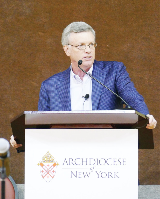 Alfred Kelly Jr., CEO of Visa USA, shared a close-up look at his work serving as CEO of the 2014 NY/NJ Super Bowl Host Committee and chairman of the 2015 Papal Visit to New York City in his talk at the Men's Conference.