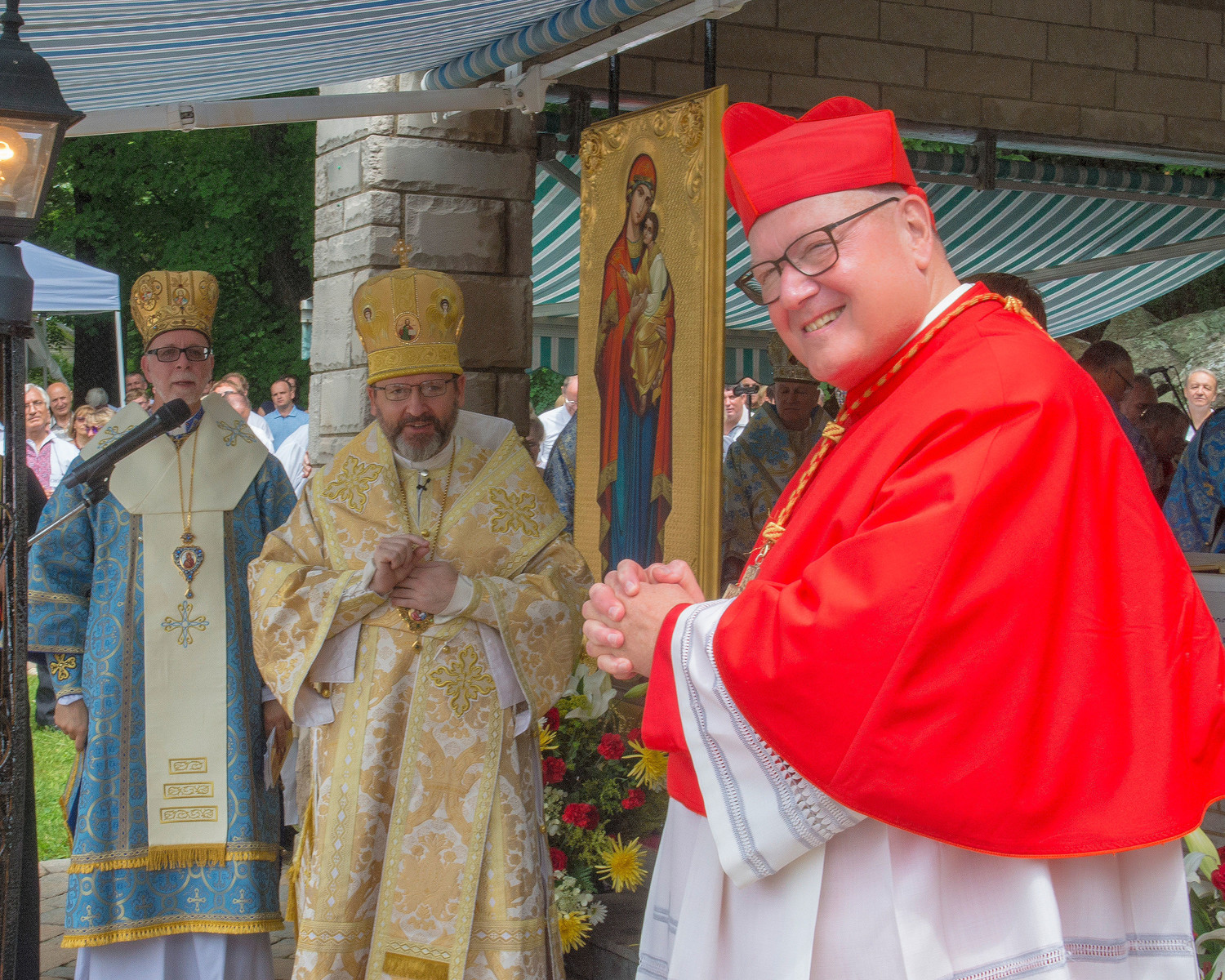 Cardinal Dolan acknowledges the greeting by Archbishop Shevchuk.