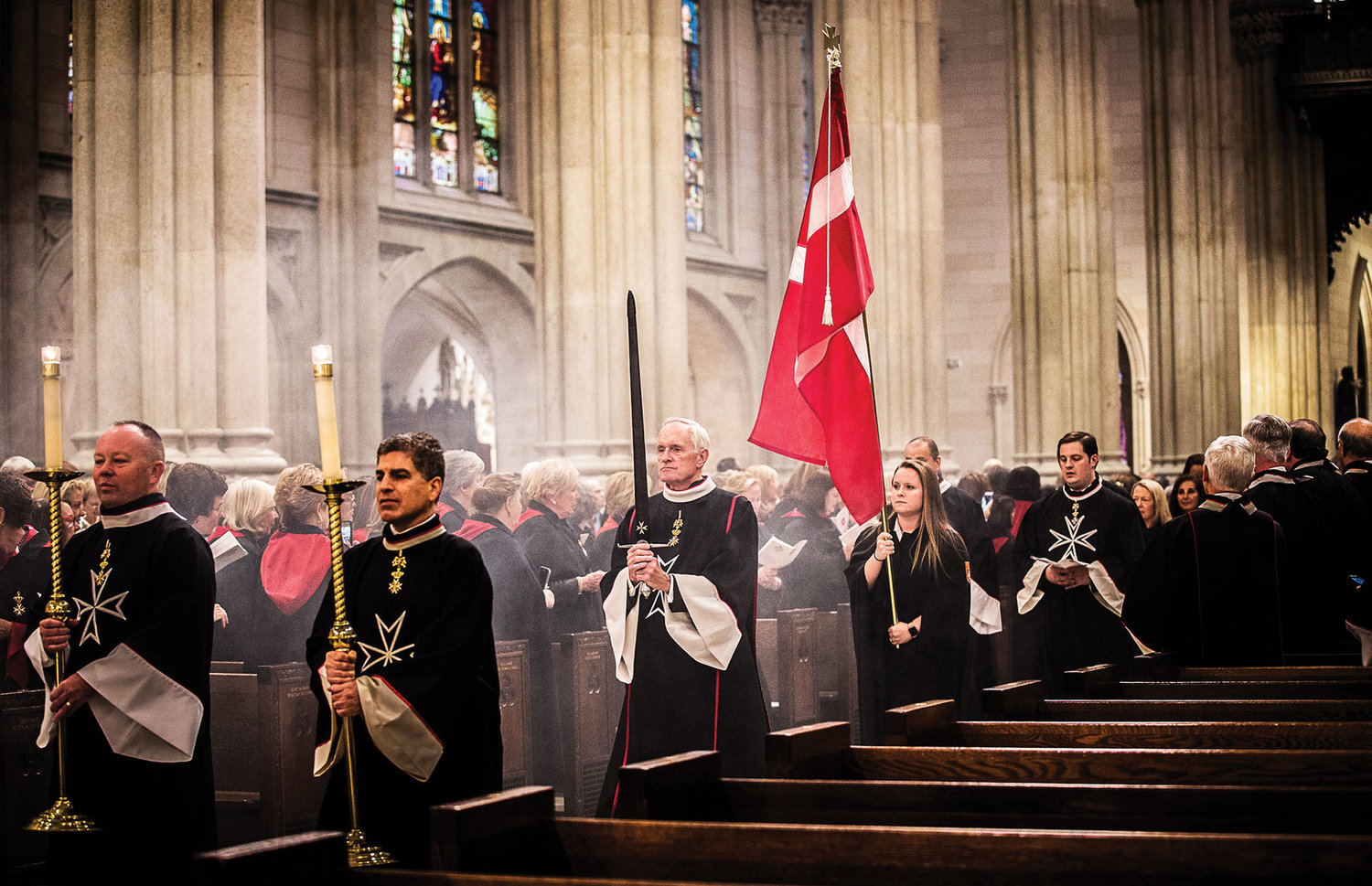 Knights and dames process into the cathedral.
