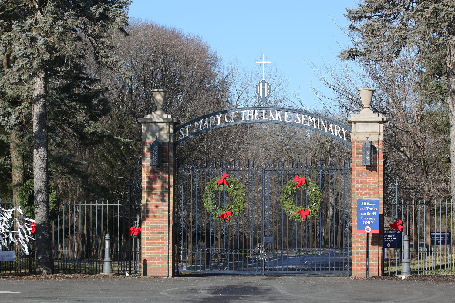The normally open gate at the entrance to Mundelein Seminary is seen locked Jan. 3 at the University of St. Mary of the Lake in Illinois, near Chicago. The U.S. bishops are on retreat Jan. 2-8 at the seminary, suggested by Pope Francis in September, which comes as the bishops work to rebuild trust among the faithful as questions continue to revolve around their handling of clergy sex abuse.