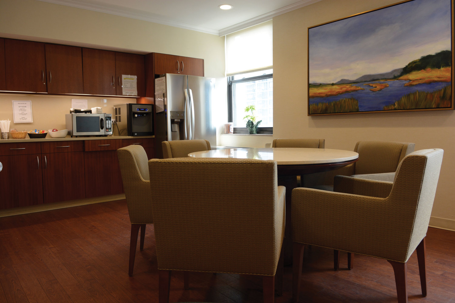 The kitchen and lounge is open to staff, patients and visitors to have a conversation or enjoy a quick bite to eat at Dawn Greene.