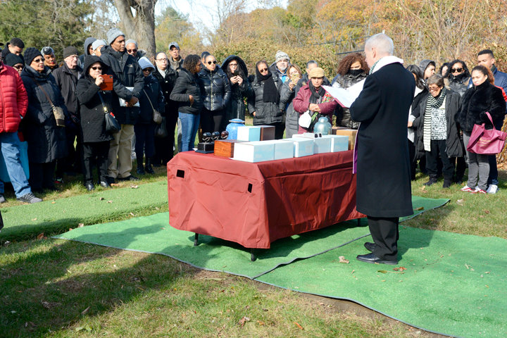 Nov 09, 2019  Fr Daniel Kearney, pastor of Ascension Church, NYC, leads a prayer service at Gate of Heaven Cemetery, Hawthorne, at Section 21, a communal burial ground for the ashes of 18 people held by its parishioners.  Two busloads made the trip from Ascension parish following a memorial mass as a significant gesture as part of their 125th anniversary ceremonies. Names of the deceased will be imprinted on one of the two oversized headstones of St. Joseph of Arimathea who, according to all four Gospels, was a secret disciple of Jesus, whose body he buried in his own tomb.     ©Maria R Bastone