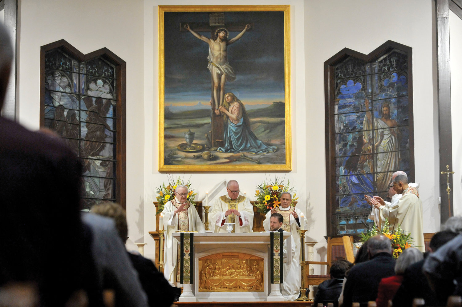 Cardinal Dolan celebrates Mass for the 125th anniversary of The Church of the Magdalene in Pocantico Hills Nov. 23. Flanking the cardinal are Msgr. Joseph Reynolds, a weekend assistant, and Father John Vigilanti, the parish administrator.