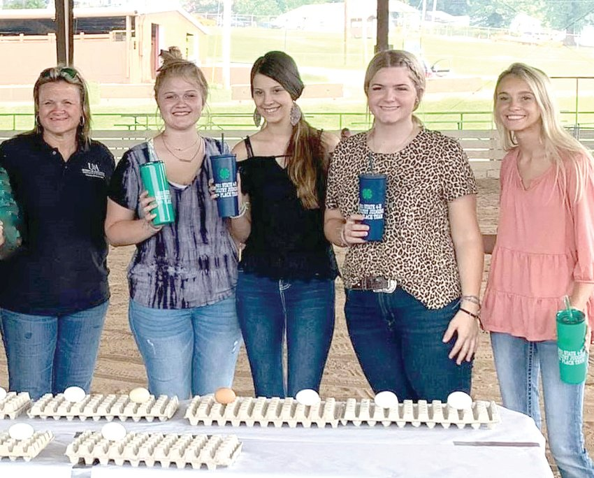Contributed photo    Pictured are Scharidi Barber, U of A, Div. of Agriculture Instructor - Poultry, Youth Programs, Ashton Collins, Ashton Gibson, Halle Brewer, and Karsyn Clayborn.