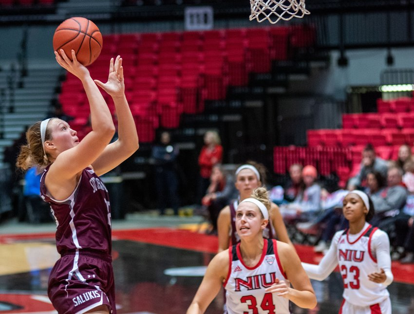 Lincolnwood grad Abby Brockmeyer averaged 10 points and 7.6 rebounds per game as a junior forward for the Southern Illinois University Salukis this past season, which was cut short by the Covid-19 pandemic. Brockmeyer currently sits at 915 points in her collegiate career.