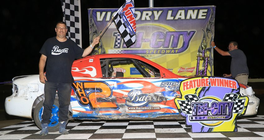 After finishing ninth in the UMP Sport Compact national standings last year, Sorento racer Eldon Hemken found himself atop the standings on Friday, June 26 after taking the checkered flag at Tri-City Speedway in Granite City.