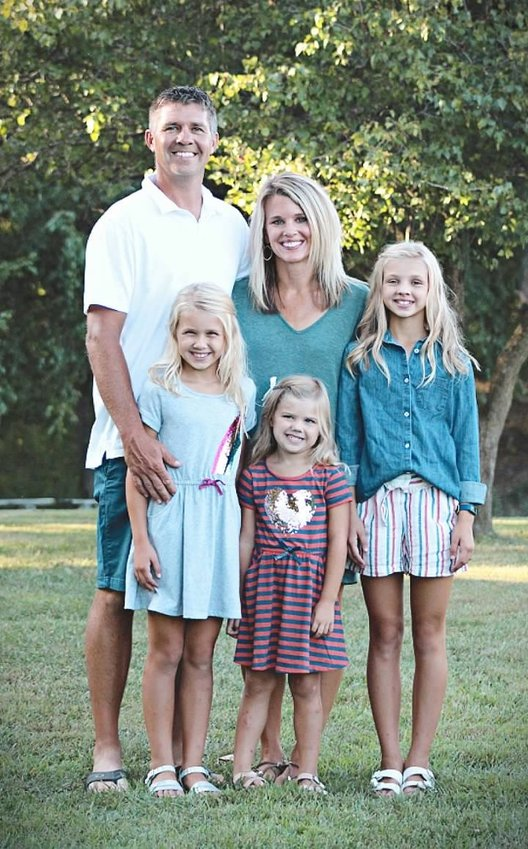 Jessica Chappelear and her husband, Joe, live in Hillsboro with their three daughters in grades 6, 4 and soon to be kindergarten.