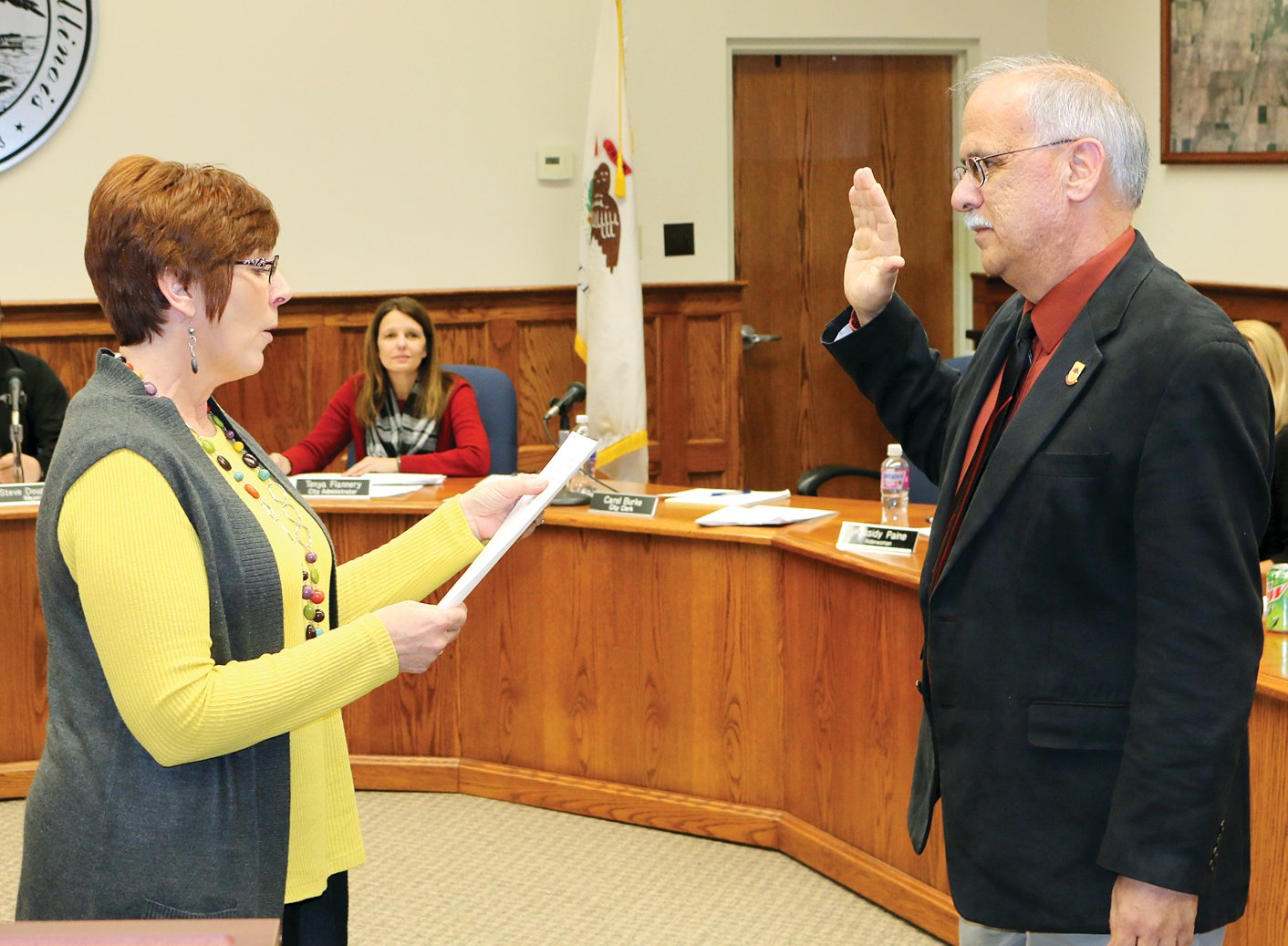 Litchfield City Clerk Carol Burke swore in new fire chief Joe Holomy to begin the Litchfield City Council meeting on Thursday, March 7. Holomy has 43 years in the fire service industry and was previously the chief of the Effingham Fire Department.