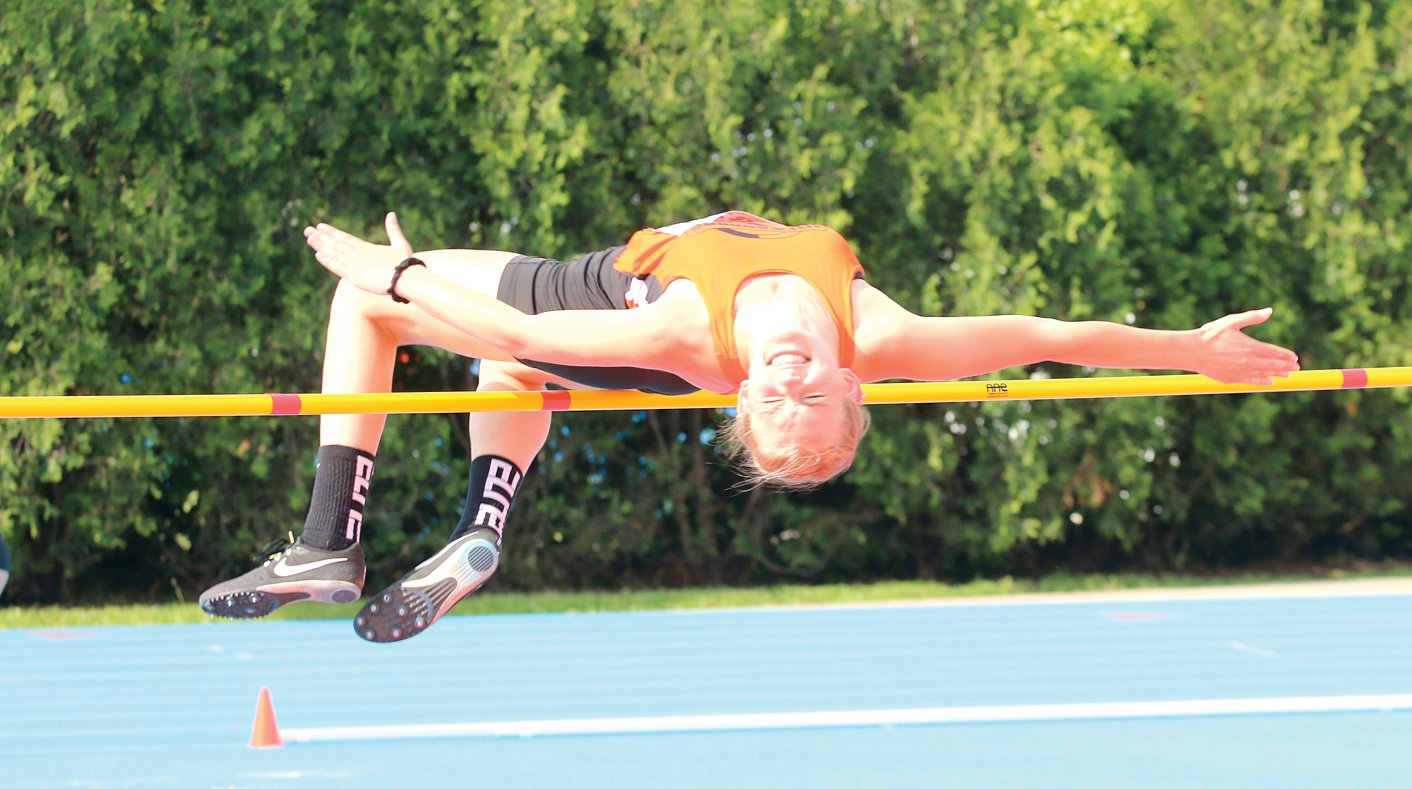 "Hillsboro's Ashlyn Papin cleared 4'11"" and 5'1"" at the IHSA Class 2A State Finals on Friday, May 17, narrowly missing a spot in Saturday's final round."