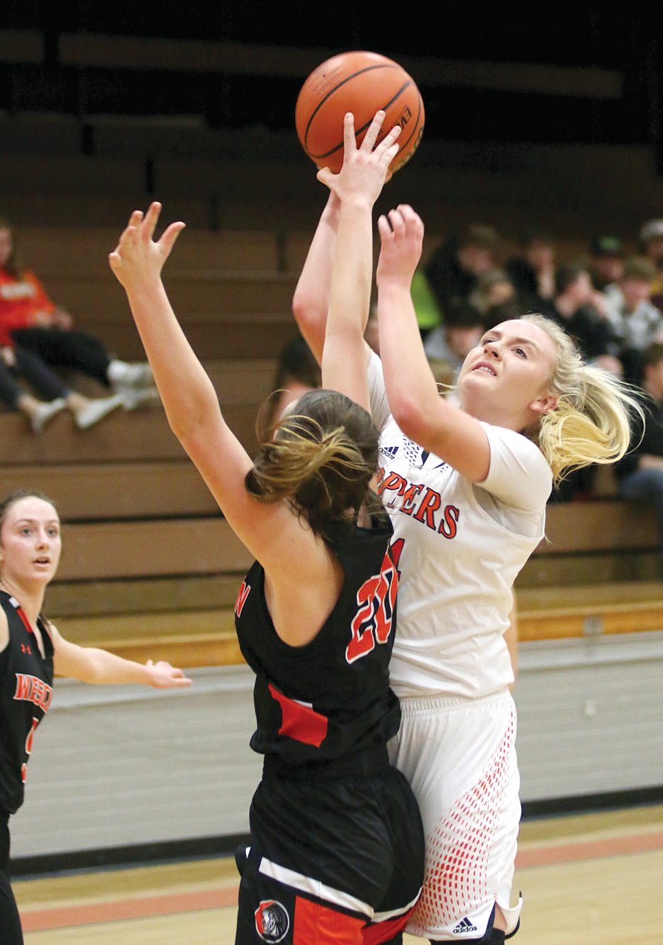 Claire Tester had ten points in Hillsboro's win over Wesclin on Monday, Jan. 13, including six in the fourth quarter that helped the Toppers solidify their 61-46 victory.