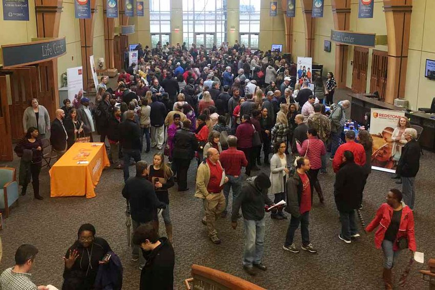 First Baptist Church in Huntsville, Ala., distributed $16,500 in gift cards to furloughed federal workers at a Jan. 17 community event. (Baptist Press via FBC Huntsville)
