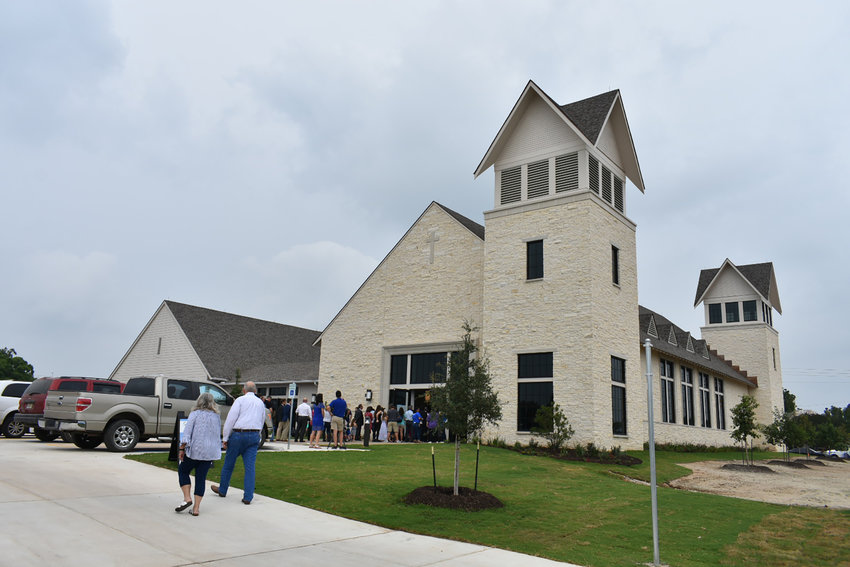 The First Baptist Church of Sutherland Springs, Texas, dedicated a new worship center and education building on Sunday, May 19, one-and-a-half years after the November 2017 mass shooting that claimed 26 lives and left 20 people injured. (Photo by Jane Rodgers, Southern Baptist TEXAN).