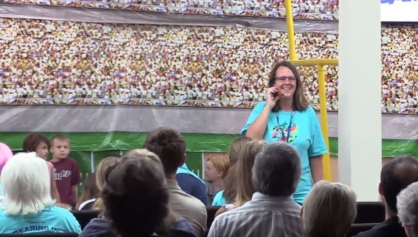 """Sherri Pomeroy, wife of Sutherland Springs Baptist Church pastor Frank Pomeroy, helped lead out in the church's VBS in 2018, only months after the church suffered a devastating tragedy. """"We knew we had to do it not only for the Lord, but to honor the memories of those who were gone,"""" she said.. (Screen capture from LifeWay video)"""