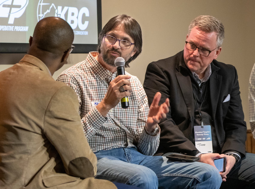 Eddie Torres, KBC multi language planting and development associate, speaks about ways Kentucky Baptists can reach people in Kentucky. (Kentucky Today/Robin Cornetet)