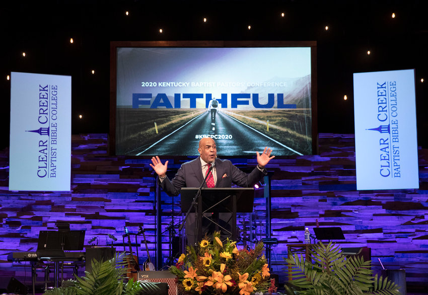 Willie McLaurin kicks of the 2020 Kentucky Baptist Pastors' Conference by preaching about being faithful to God. McLaurin is the vice president Great Commission Relations and Mobilization at the Southern Baptist Convention Executive Committee. (Kentucky Today/Robin Cornetet)