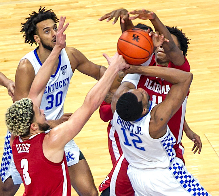 Keion Brooks drives to the basket in a loss to Alabama earlier this week. Kentucky takes on Auburn Saturday. (Kentucky Today/Tammie Brown)