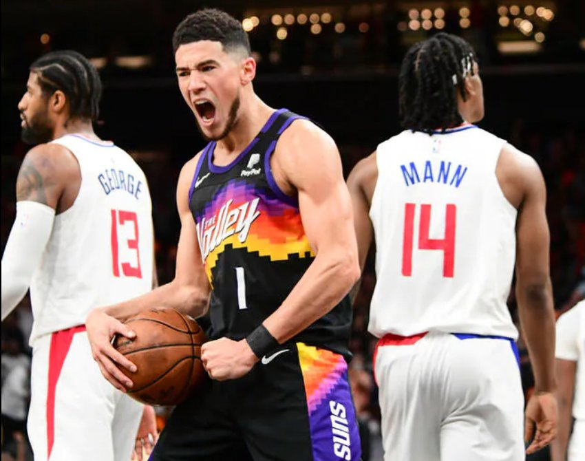 Devin Booker recorded a double-double in the Suns' win over the Clippers Sunday night. (Phoenix Suns Photo)