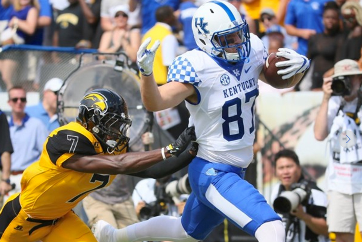 Defense Leads UK to 24-17 Win Over Southern Miss