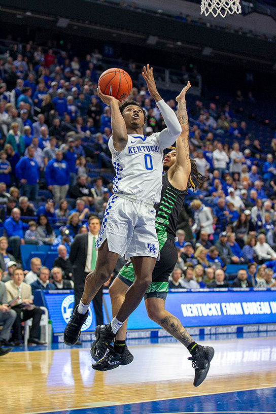Ashton Hagans drives around a defender Monday. (Kentucky Today/Tammie Brown)