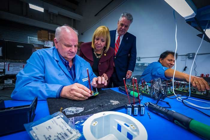 The Town of Islip has partnered with congressman Peter King and the Youth Bureau to end youth vaping with new technology and a Reversing the Youth Tobacco Epidemic Act.