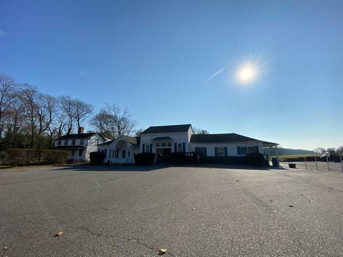 A new report gives suggestions on how to revamp the buildings at Bellport Country Club