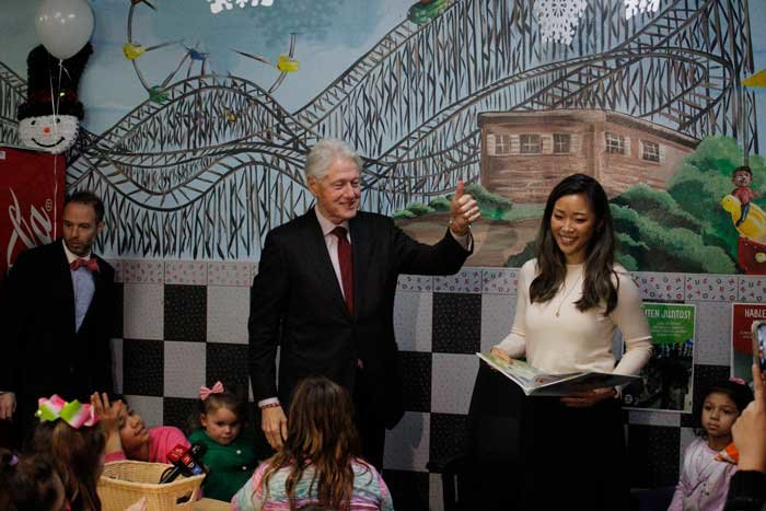 President Bill Clinton visited a Deer Park laundromat last week to promote his Too Small to Fail initiative for the Clinton Foundation