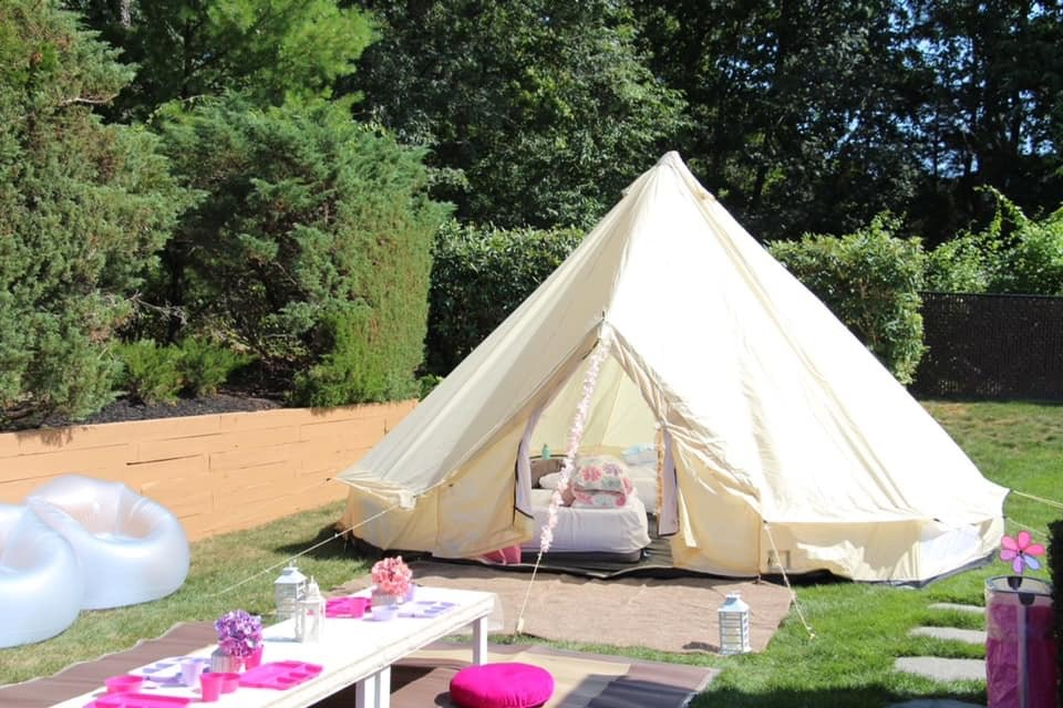 Fit for a princess, this luxe outdoor party is the envy of the class moms.