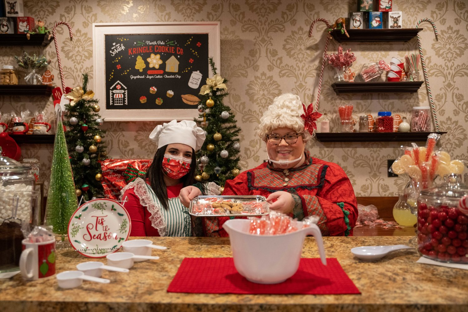 Mrs. Claus and her trusted elf, Cinnamon, work hard to bake Santa's favorite confections to power him through an around-the-world trip of gift-giving.