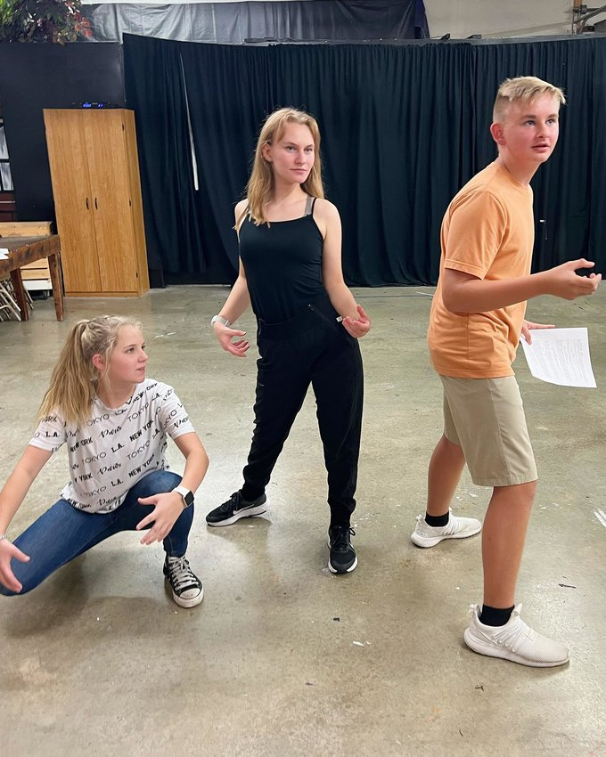 Reagan Inman, Lenzie Goodman andJillian Adamson practice their lines for the Halloween Comedy Sketch Show.