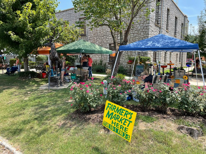 The Jasper Advertising and Promotion Commission recently discussed methods of promoting the area and decided that digital advertisements could be very effective. The commission wants to promote local events such as the farmers market that operates on the courthouse lawn twice a week, live concerts and  other entertainment performances.