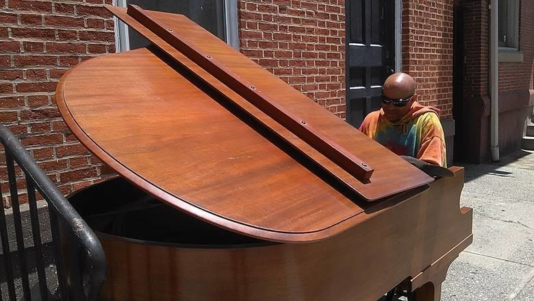"Piano player extraordinaire Khaldun recently shared his talent on 2nd Street in center city Harrisburg. ""I've been playing piano since the age of 12. Then I turned to bass. After 14 years I'm back to piano,"" he tells Central Voice"