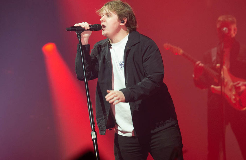 Lewis Capaldi postpones all 2021 shows to focus on finish new album