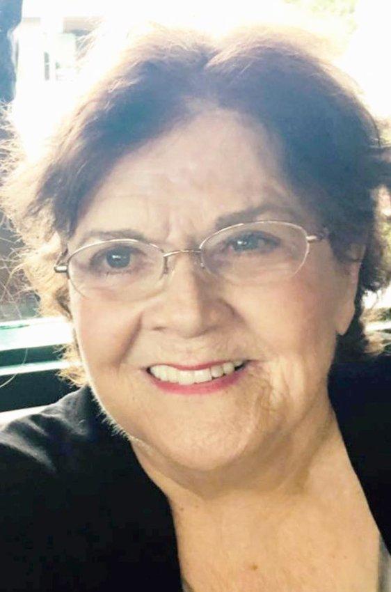 Carolyn Sue (Dumas) Winn