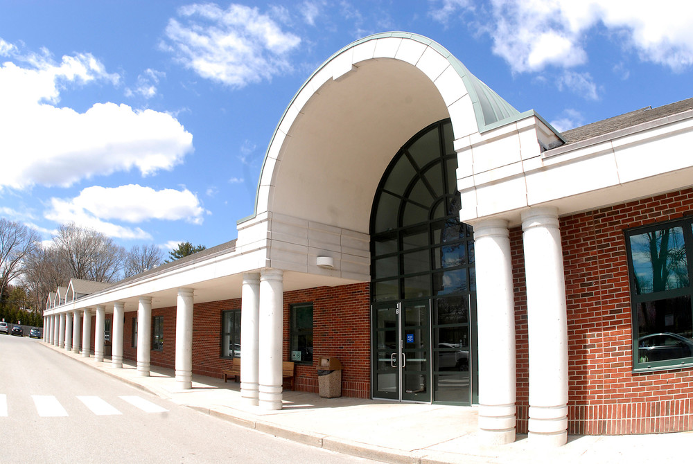 Barrington High School has been selected as a 2016 National Blue Ribbon School.