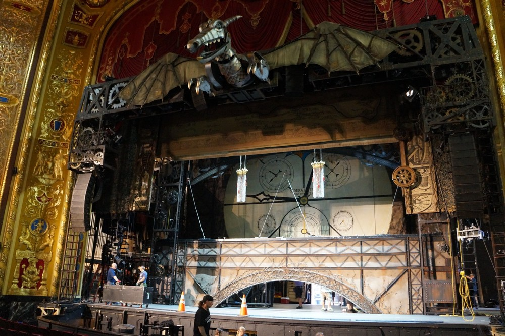 The dragon sets the stage for Wicked