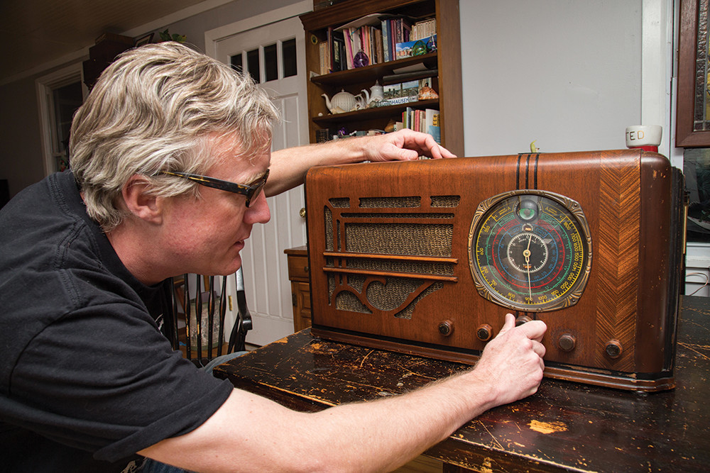 Ted Hayes of Evil Twin Amps and Tube Electronics restores vintage tube radios, like this 1937 Knight, and builds custom guitar amps