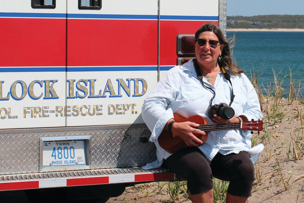 After years as an EMT, islander Lisa Sprague is exploring her creative side