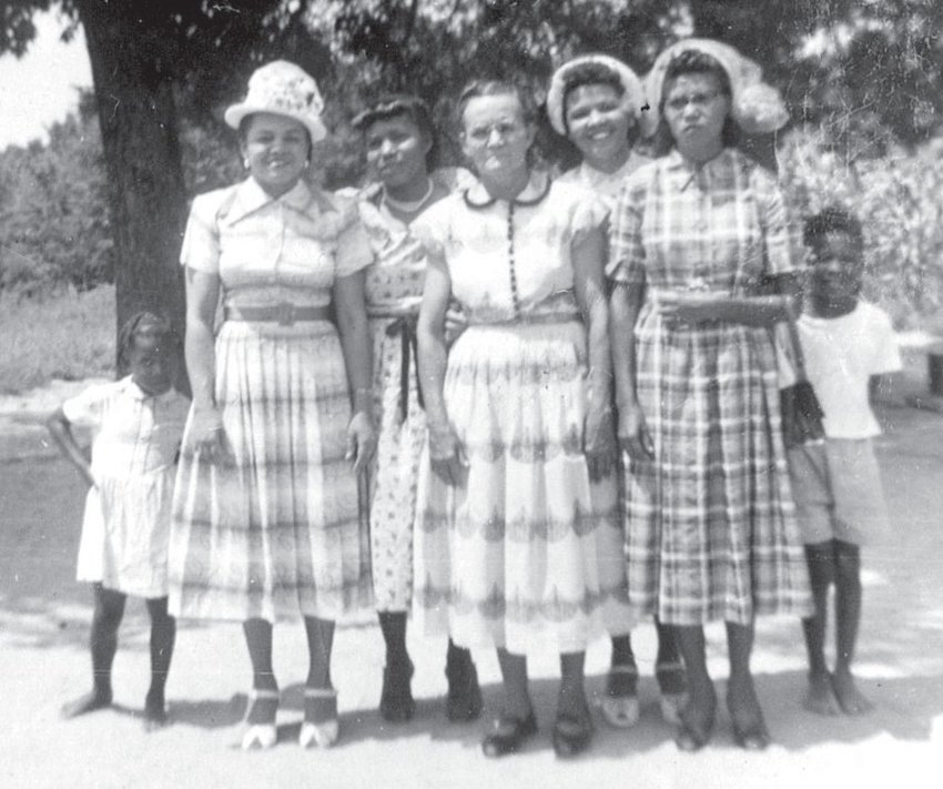 Ms. Lucy Paylor (1917-1996), Mrs. Esdell Payor Poole (1913-2000), Mrs. Maude Moore Paylor (1890-1966), Mrs. May Dallas Paylor Hubbard (1918-1996), Mrs. Pansy Bell Paylor Rogers (1910-1994)