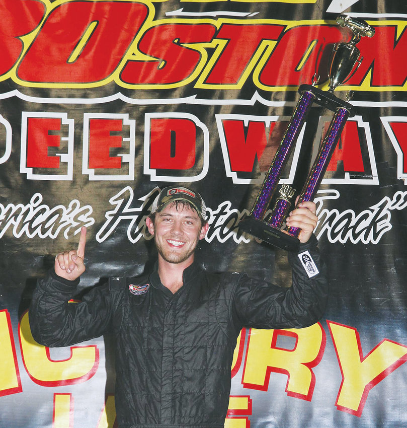 9 Trey Crews wins the final Limited series race of the season at SOBO tonight